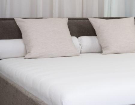 Dorsoo matrasbeschermer hoeslaken 2 in 1